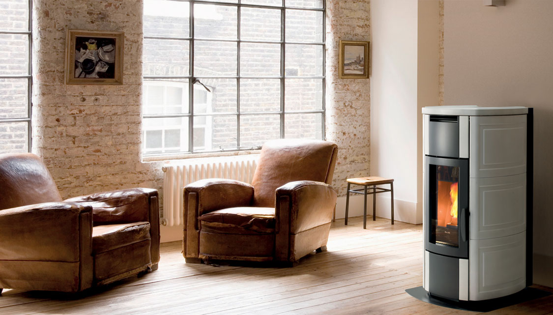 Hrv 160 Touch Pellet Stove For Central Heating Ravelli Group